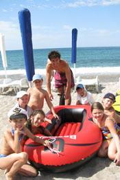 лодки, плавательные матрасы, водные велосипеды, собственные инструкторы